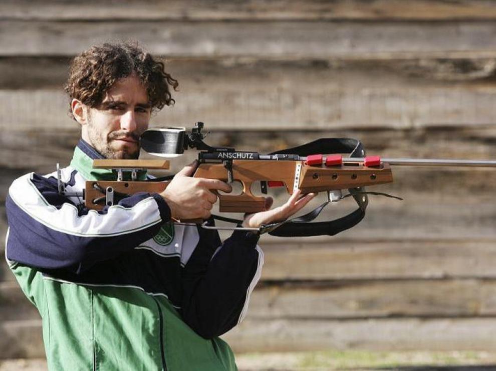 Víctor Lobo, en el campo de tiro del CT Loredo de Huesca.
