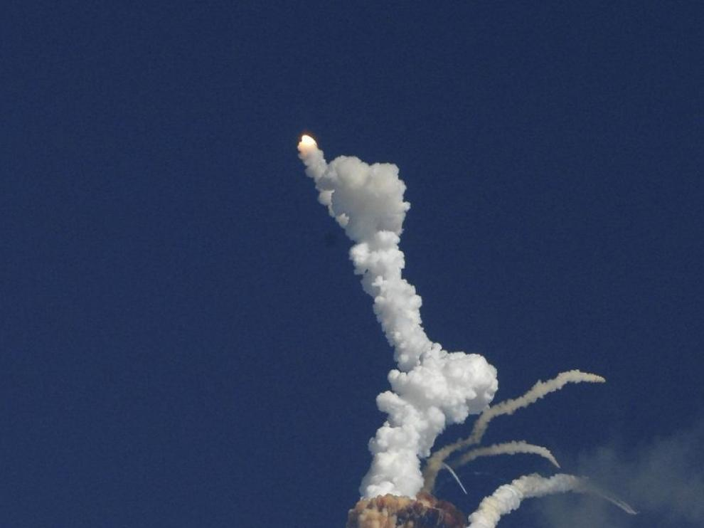 Explota un cohete indio con un satélite de comunicaciones