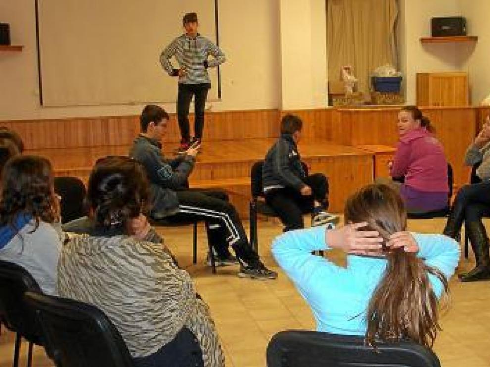 Los chavales participaron en un taller de interpretación.