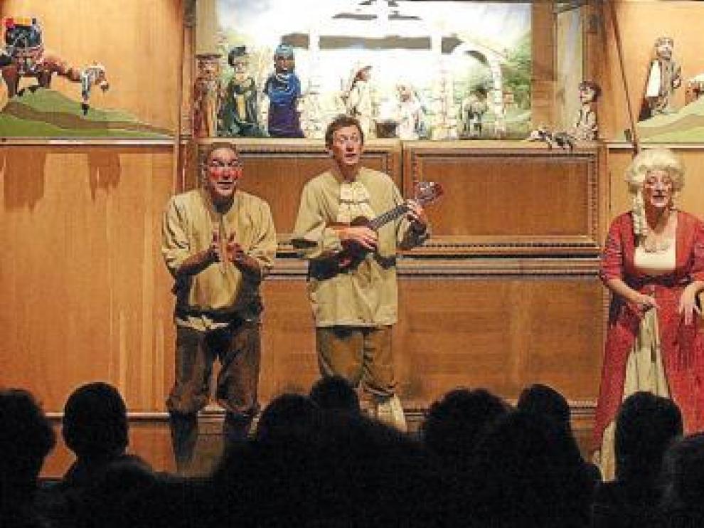 Los Titiriteros de Binéfar, en su tradicional 'Retablo de Navidad'.