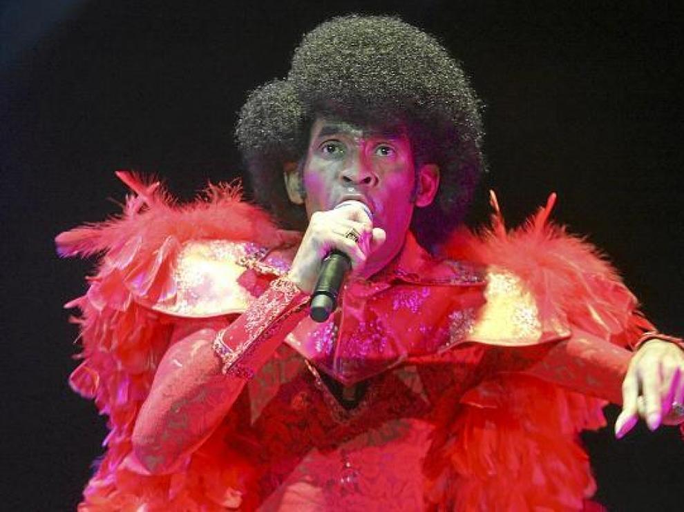 Bobby Farrell, con Boney M, en su concierto de 2009 en el recinto de Interpeñas en Zaragoza.
