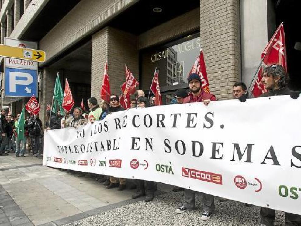 Imagend e archibo de los trabajadores de la antigua Sodemasa, en una protesta por los recortes en la sociedad