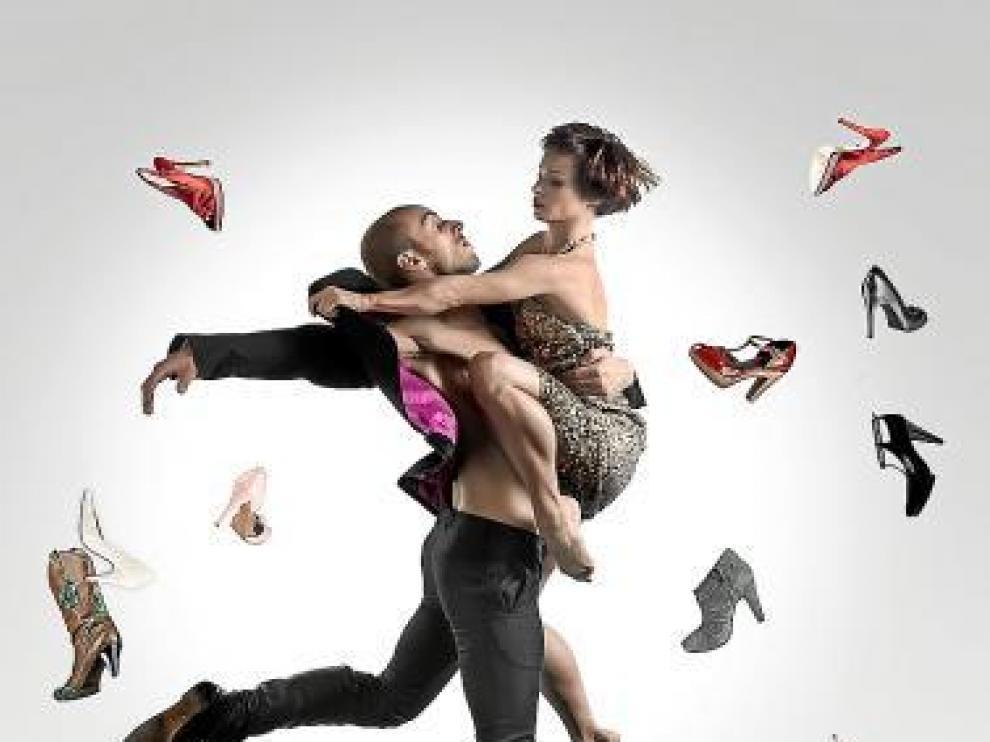 Los bailarines protagonistas de 'La Cenicienta' de LaMov.