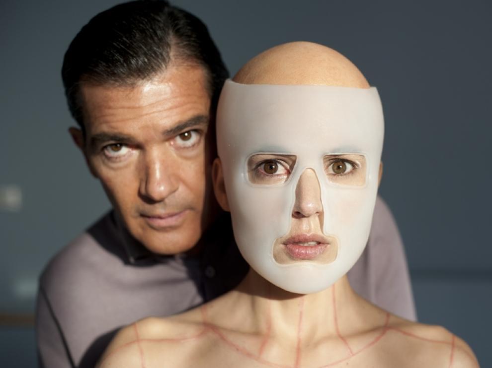 Antonio Banderas junto a Elena Anaya.