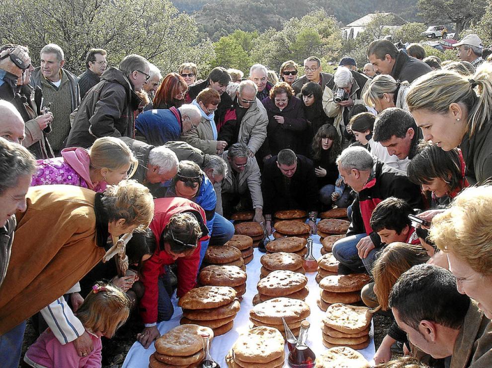 Imagen de la romería que tiene lugar todos los años en Abizanda a San Vitorián.