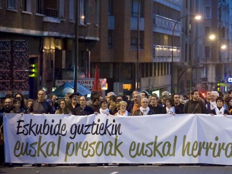 La manifestación convocada por agrupaciones políticas, sociales y sindicales.
