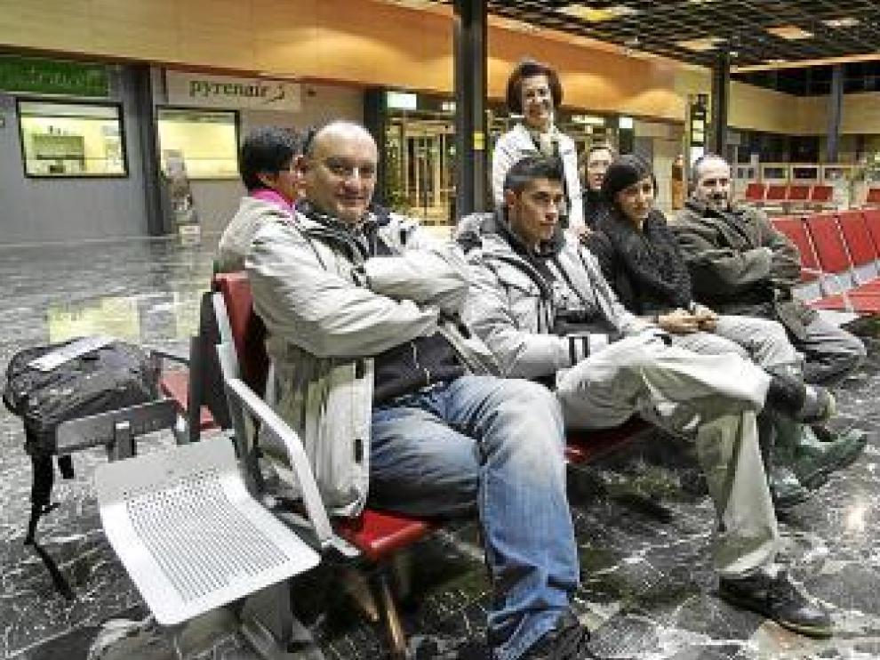 Varios oscenses aprovecharon el vuelo para viajar a Madrid.