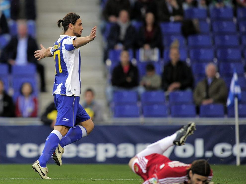 Osvaldo celebra un gol.