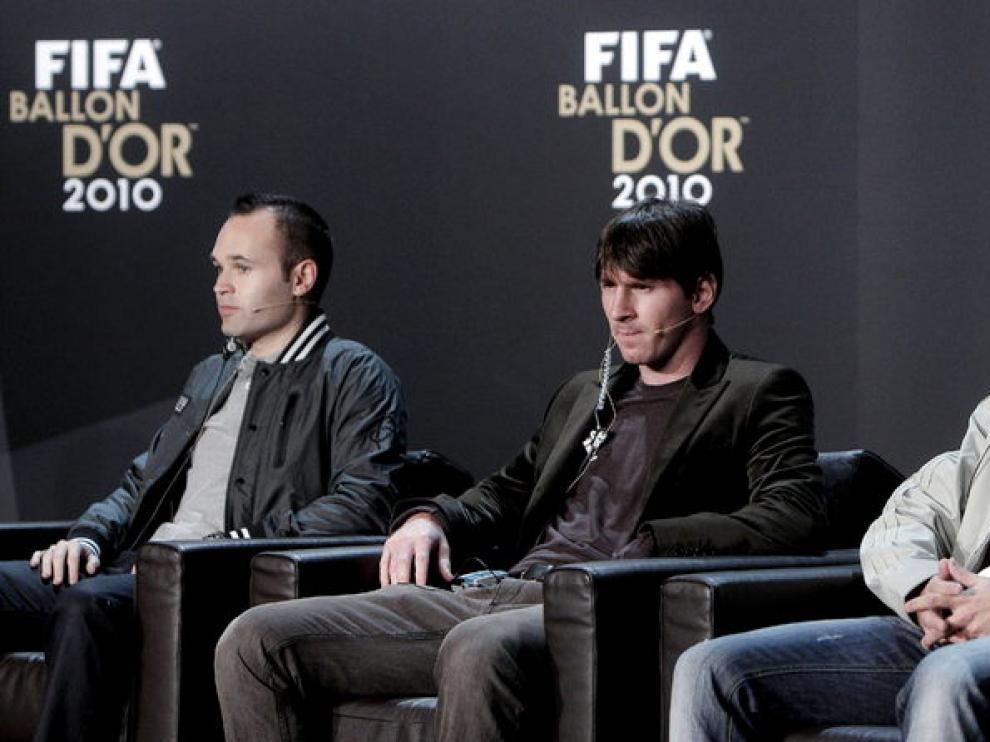 Los tres finalistas al Balón de Oro en rueda de prensa.