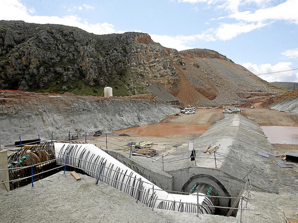 La Confederación ya ha invertido en las obras de Mularroya más de 20 millones de euros.