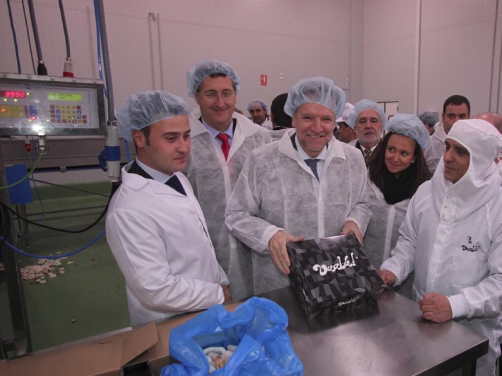 Marcelino visita la nueva empresa de Teruel