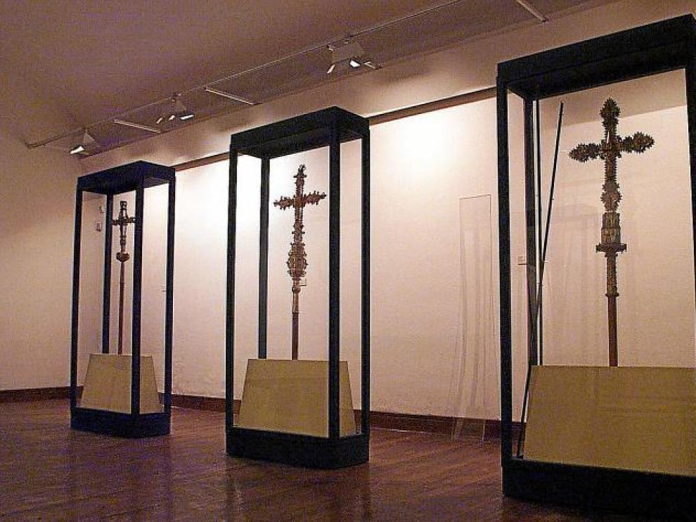 Imagen de archivo de algunas de las piezas que formarán parte del museo, tal y como se guardaban en el palacio arzobispal.
