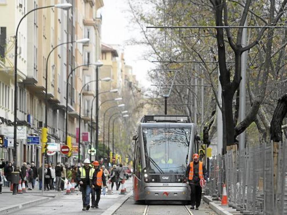 Imagen de un tranvía, durante las pruebas en Gran Vía del pasado 23 de diciembre.