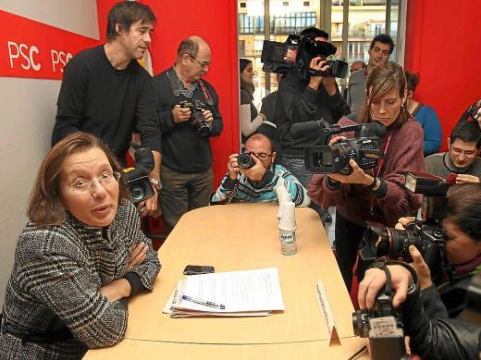 La ex consejera Montserrat Tura, durante la rueda de prensa de ayer en Barcelona.
