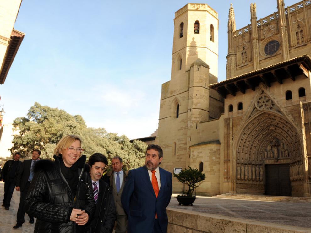 Almunia, Felipe y Belloch, en Huesca