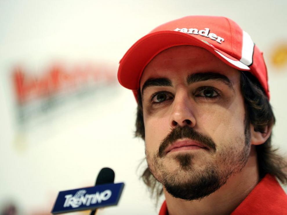 Fernando Alonso durante la rueda de prensa