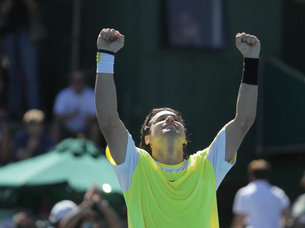 David Ferrer celebra la victoria.