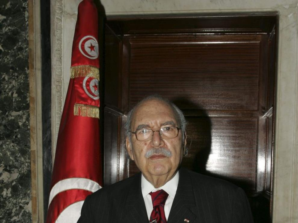 El nuevo presidente de Túnez garantiza el proceso político