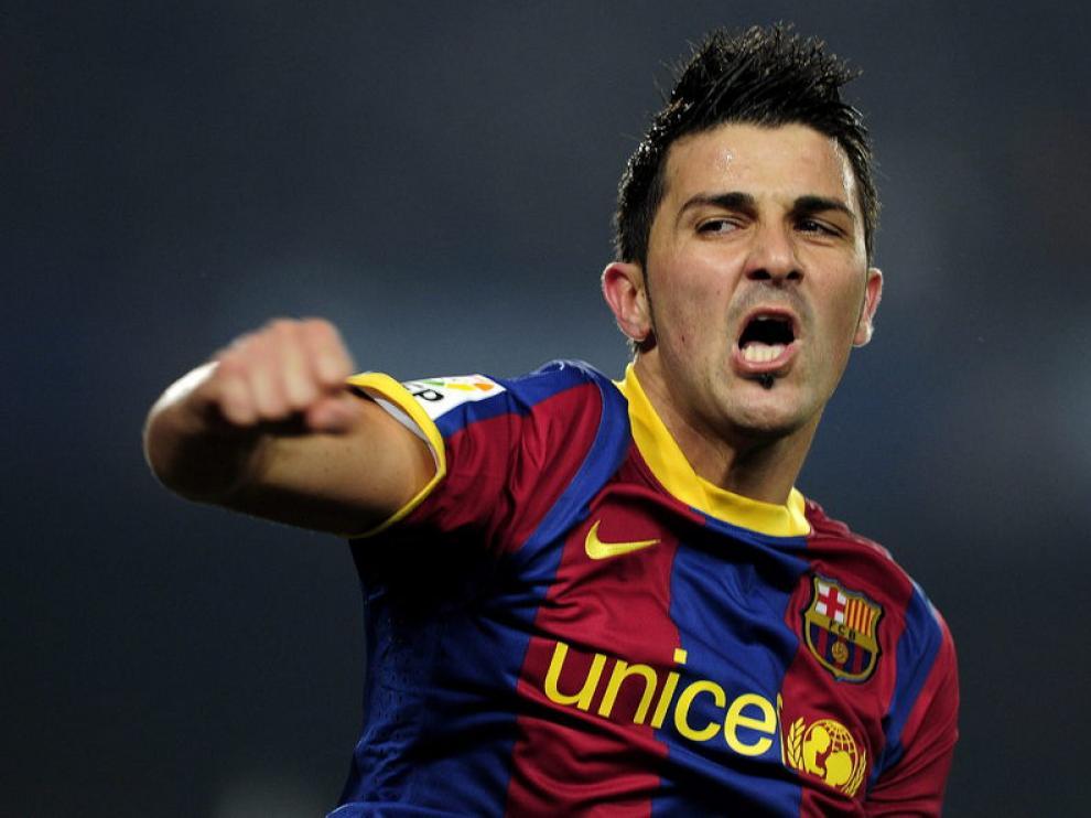 El Barça de los récords abre hueco en la Liga