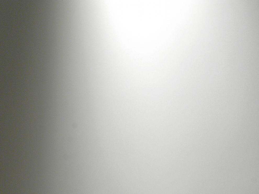 Ángel Guinda viaja a los cuartos sombríos de la conciencia y del autorretrato