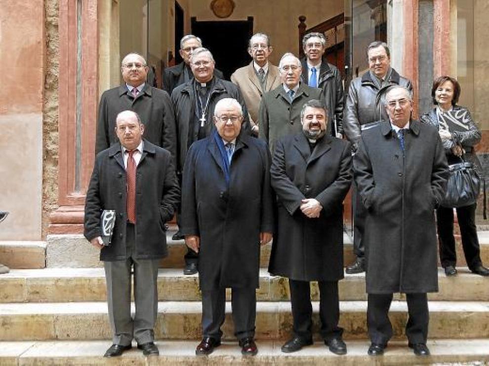 Los integrantes del patronato de la Fundación Santa María