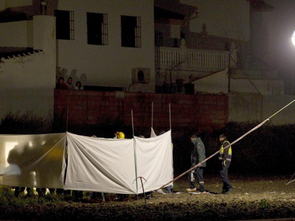 La Guardia Civil inspeccionó el lugar donde fue hallada