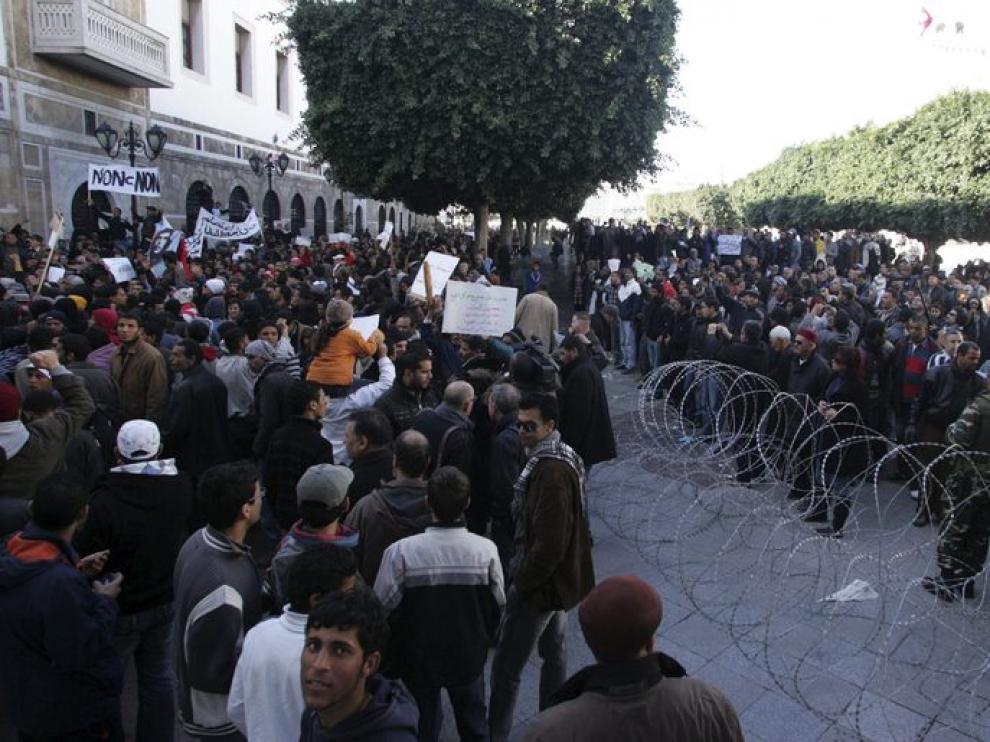 Hoy prosiguen las manifestaciones en las calles de Túnez