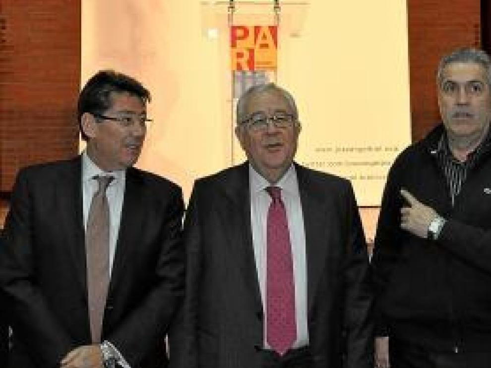 Aliaga, Biel, Gracia -segundo por la derecha- y Vicente, ayer en Fraga.
