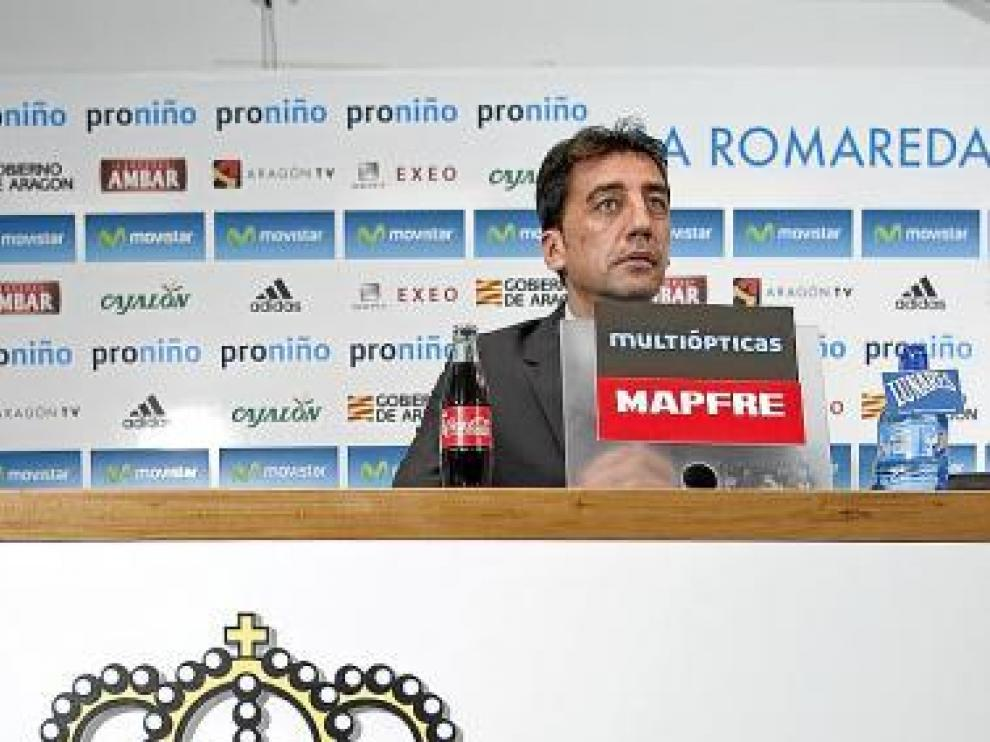 Antonio Prieto durante una rueda de prensa