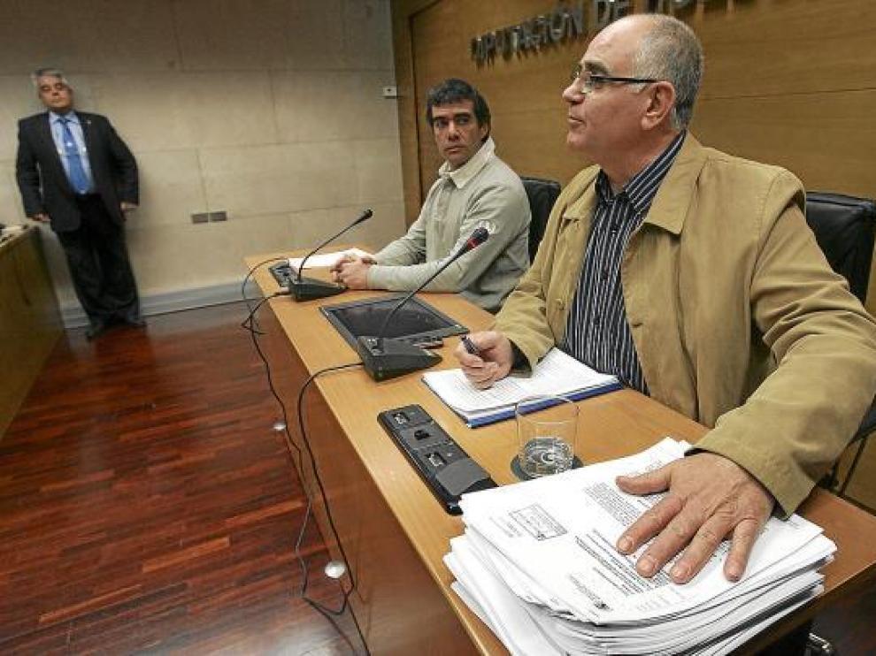 El alcalde de Biscarrués dio a conocer ayer el informe de Varela, aportado por el Ayuntamiento.