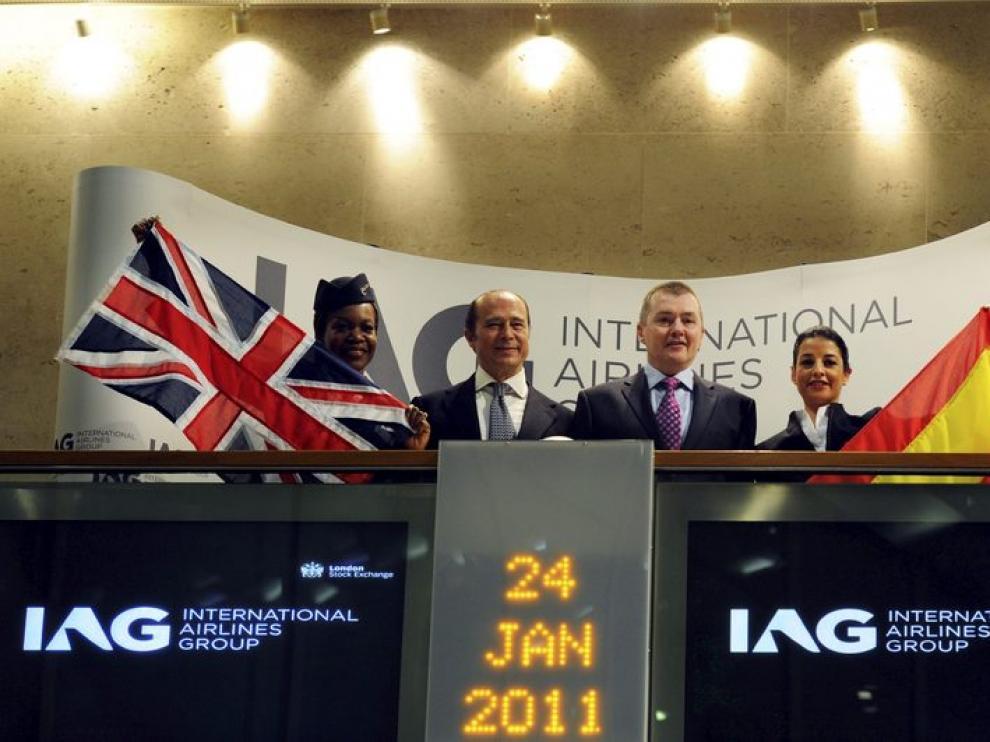 El presidente de Iberia y el delegado de British Airways en el parqué de Londres.