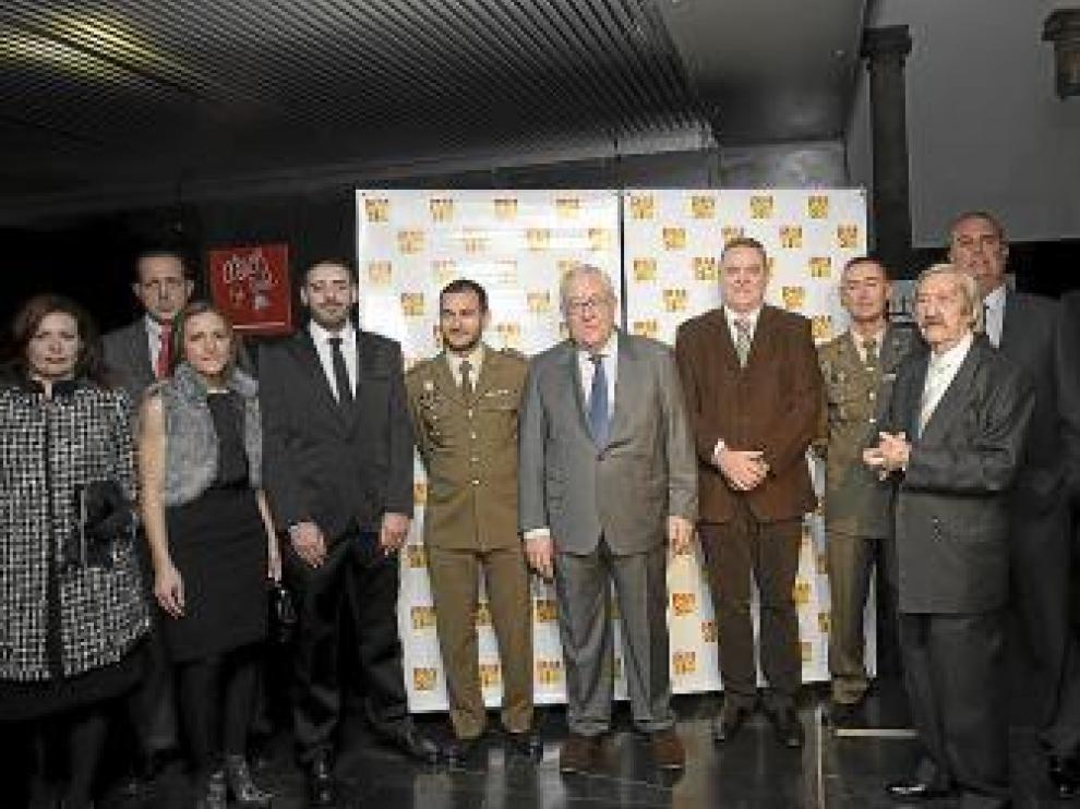 De izquierda a derecha, Centeno, Martín, Lario, Librado, Benito, Biel, Boné, Vivas, Villafranca,  Contreras y el Tato.