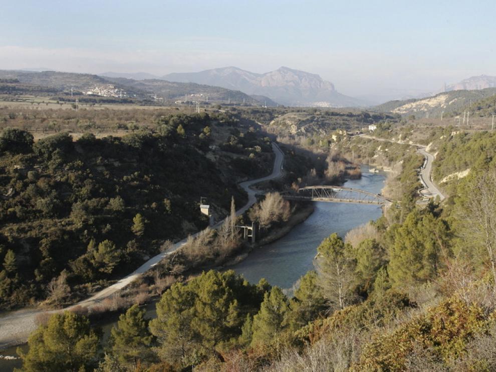 El puente de Santa Eulalia quedaría bajo las aguas del embalse