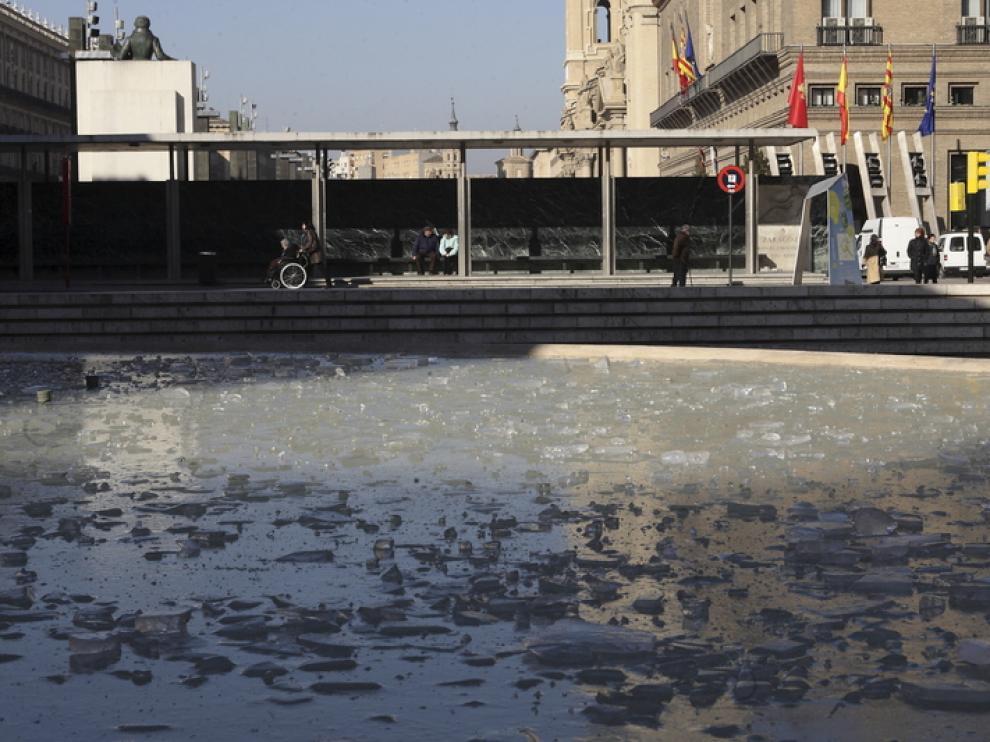 La plaza del PIlar se ha quedado hoy 'congelada'