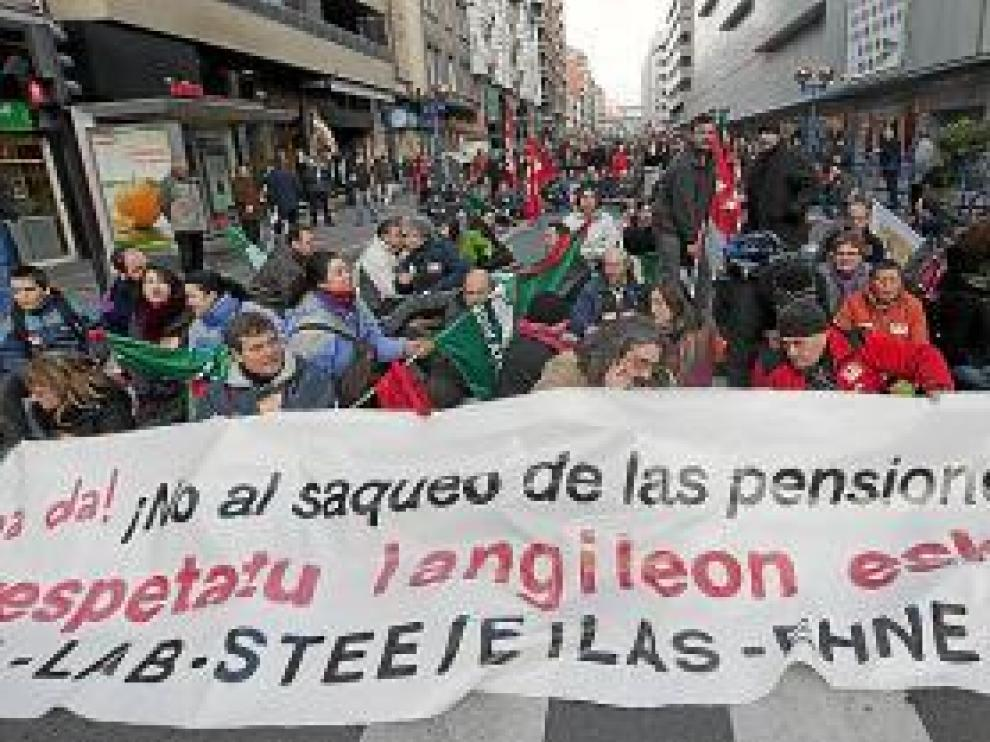 Protesta en las calles de Vitoria.