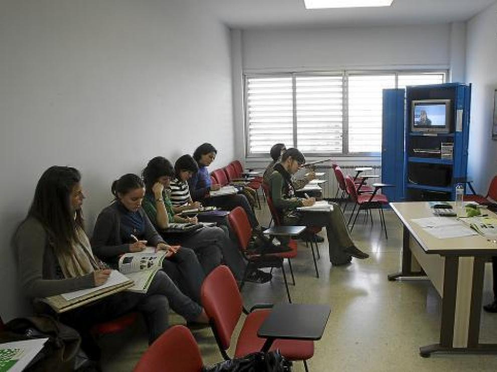 Un grupo de alumnos durante una clase en el Centro Universitario de Lenguas Modernas.