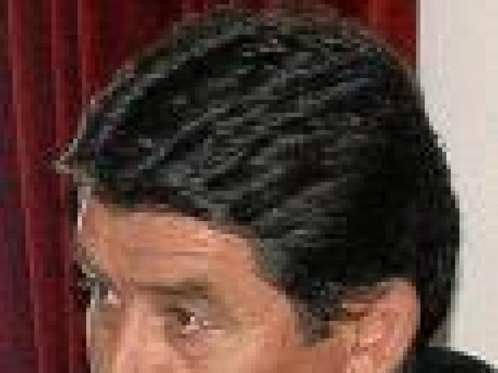 José A. Martínez.