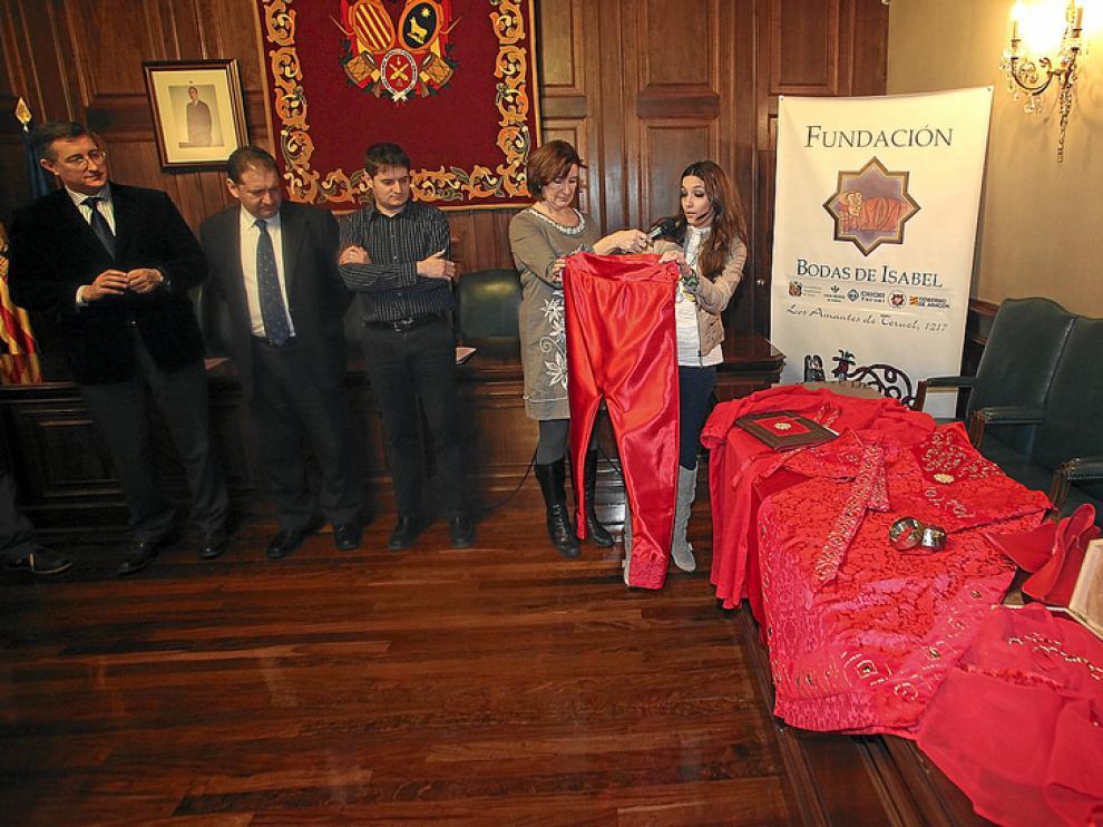 Esthel Gareta, ganadora del concurso de indumentaria medieval