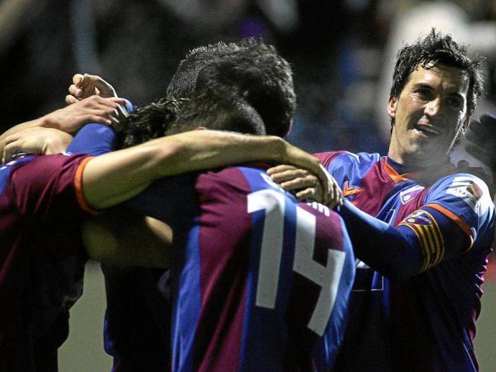 La cara de felicidad de Sorribas tras el gol conseguido in extremis por Camacho habla por si sola.