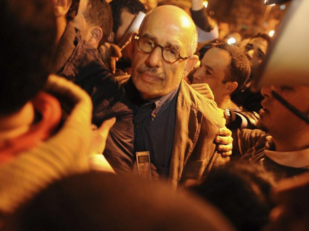 Baradei durante las protestas de la plaza Tahrir