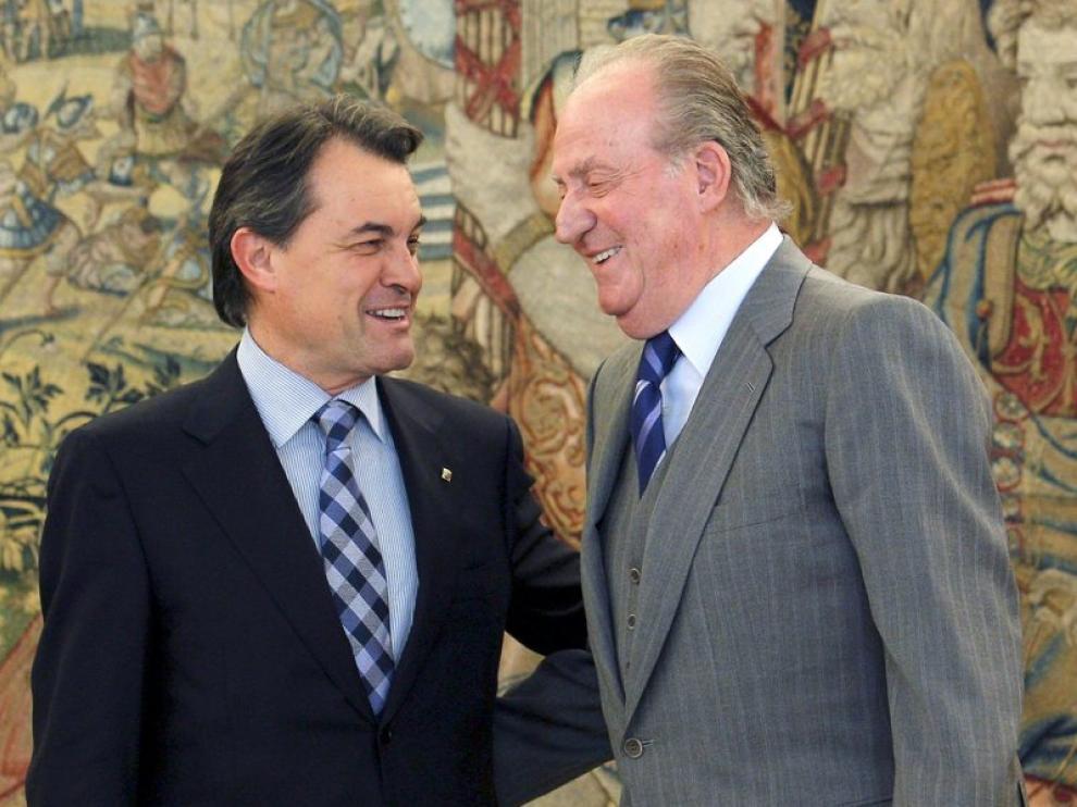 El Rey recibe a Artur Mas en la Zarzuela.