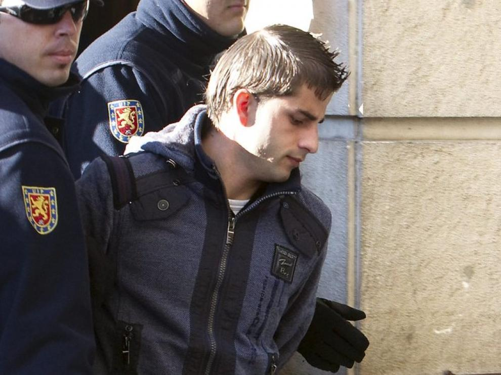 Miguel Carcaño a su llega al juzgado
