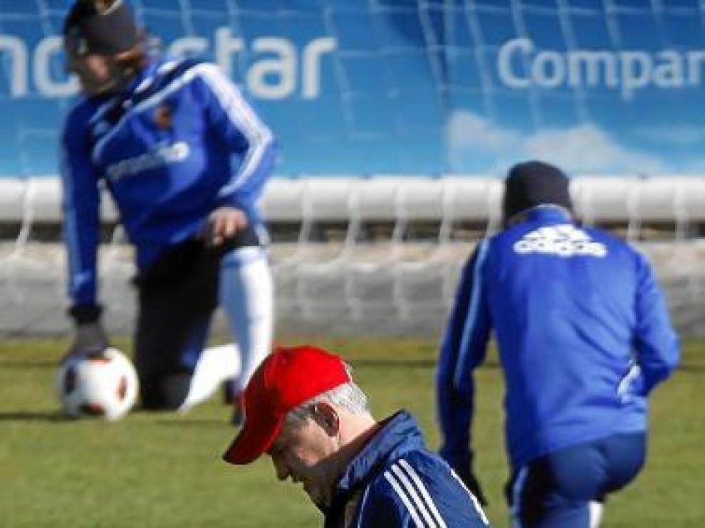 Javier Aguirre, en un entrenamiento del Real Zaragoza.