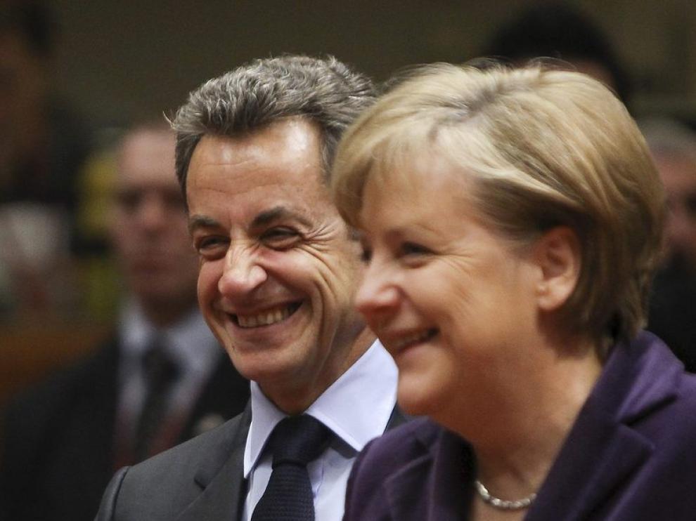 Merkel y Sarkozy, en Bruselas, en una cumbre europea