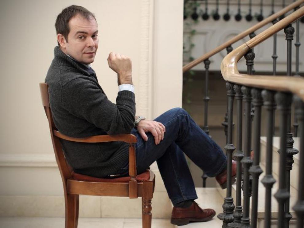 Javier Sierra, el pasado viernes, en la sede madrileña de Planeta. Ese día llegaron 200.000 ejemplares de su novela a las librerías.