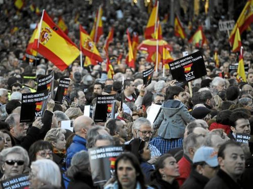 Marcha convocada por la asociación Voces contra el Terrorismo, ayer en Madrid.