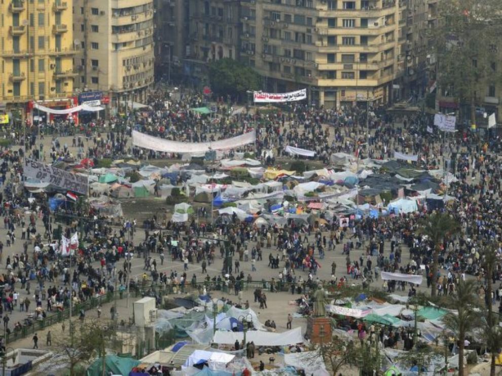 Las manifestaciones continúan en el centro de El Cairo