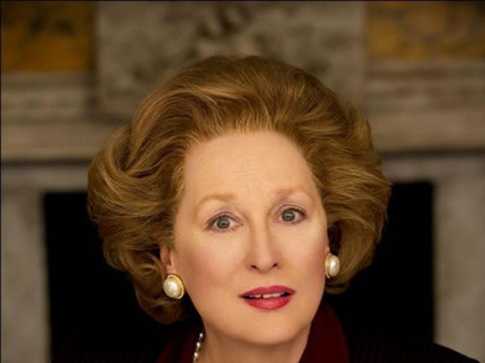 Meryl Streep caracterizada de la dama de hierro