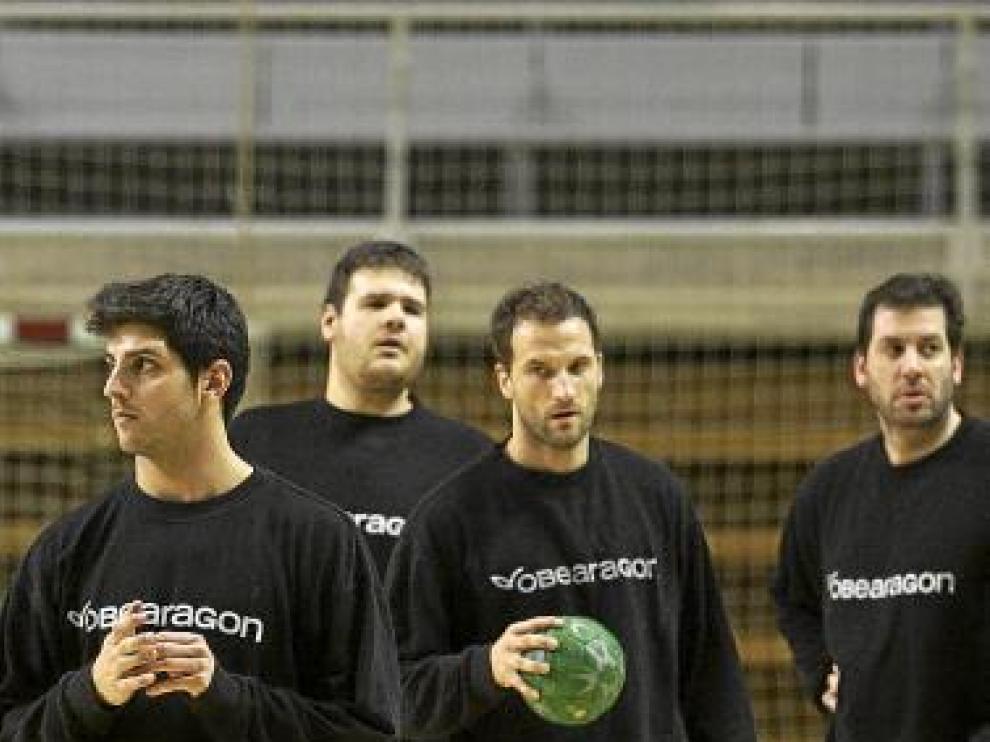Grau, Montero, Sladic y Bartolomé, ayer, en el entrenamiento.