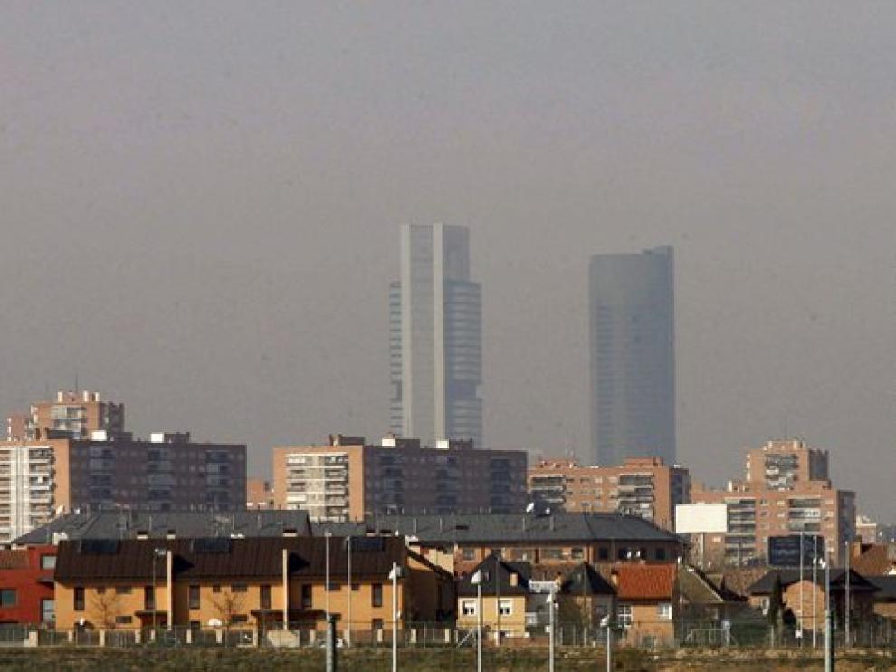 Vista del cielo contaminado de Madrid